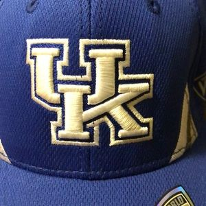 University of Kentucky fitted hat